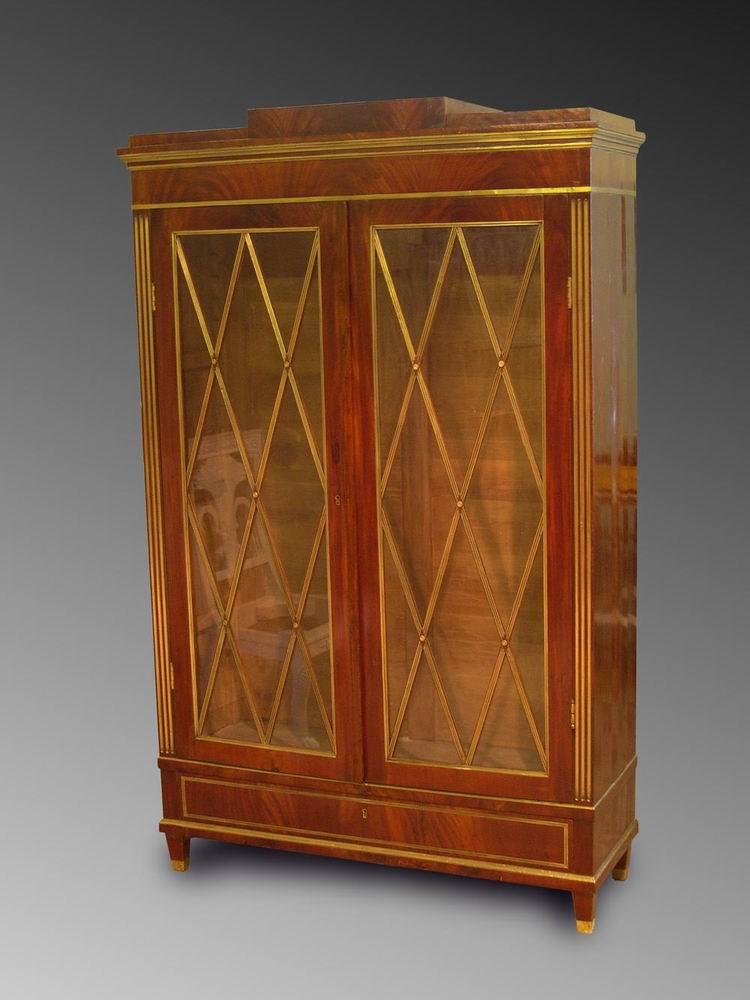 Шкаф для книг стиле «Жакоб»